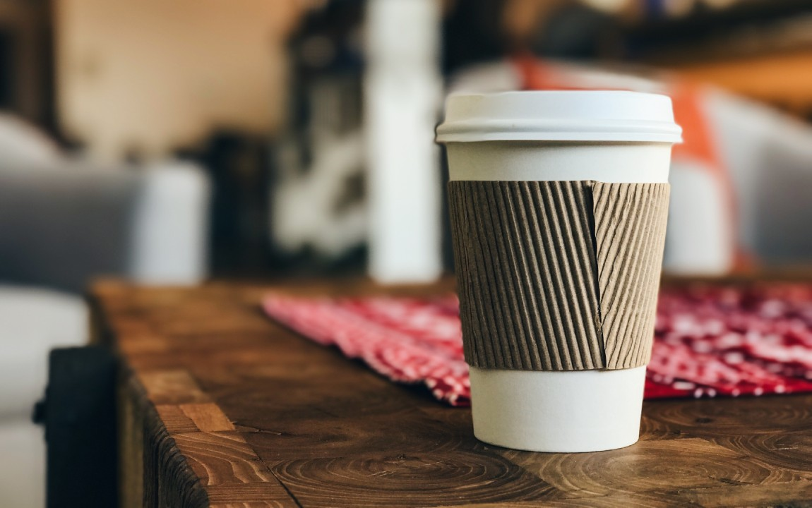 Why Coffee Shops Should Switch To Sustainable Takeaway Cups