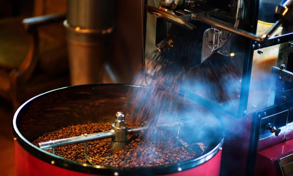 How to reduce smoke during coffee roasting